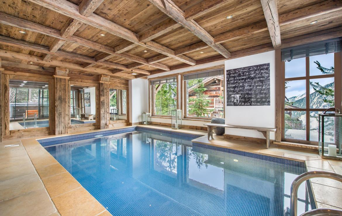 Kings-avenue-courchevel-wifi-satelitte-jacuzzi-hammam-swimming-pool-childfriendly-parking-cinema-gym-boot-heaters-fireplace-stunning-views-area-courchevel-020-16