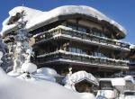 Kings-avenue-courchevel-wifi-sauna-jacuzzi-hammam-swimming-pool-childfriendly-cinema-parking-boot-heaters-fireplace-ski-in-ski-out-terrace-area-courchevel-090