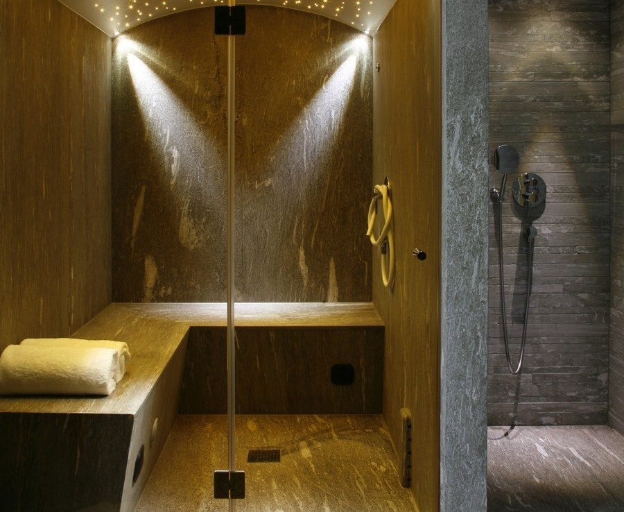 Kings-avenue-davos-sauna-jacuzzi-hammam-swimming-pool-parking-cinema-kids-playroom-boot-heaters-fireplace-ski-in-ski-out-wine-cellar-spa-massage-waterfall-area-davos-001-17