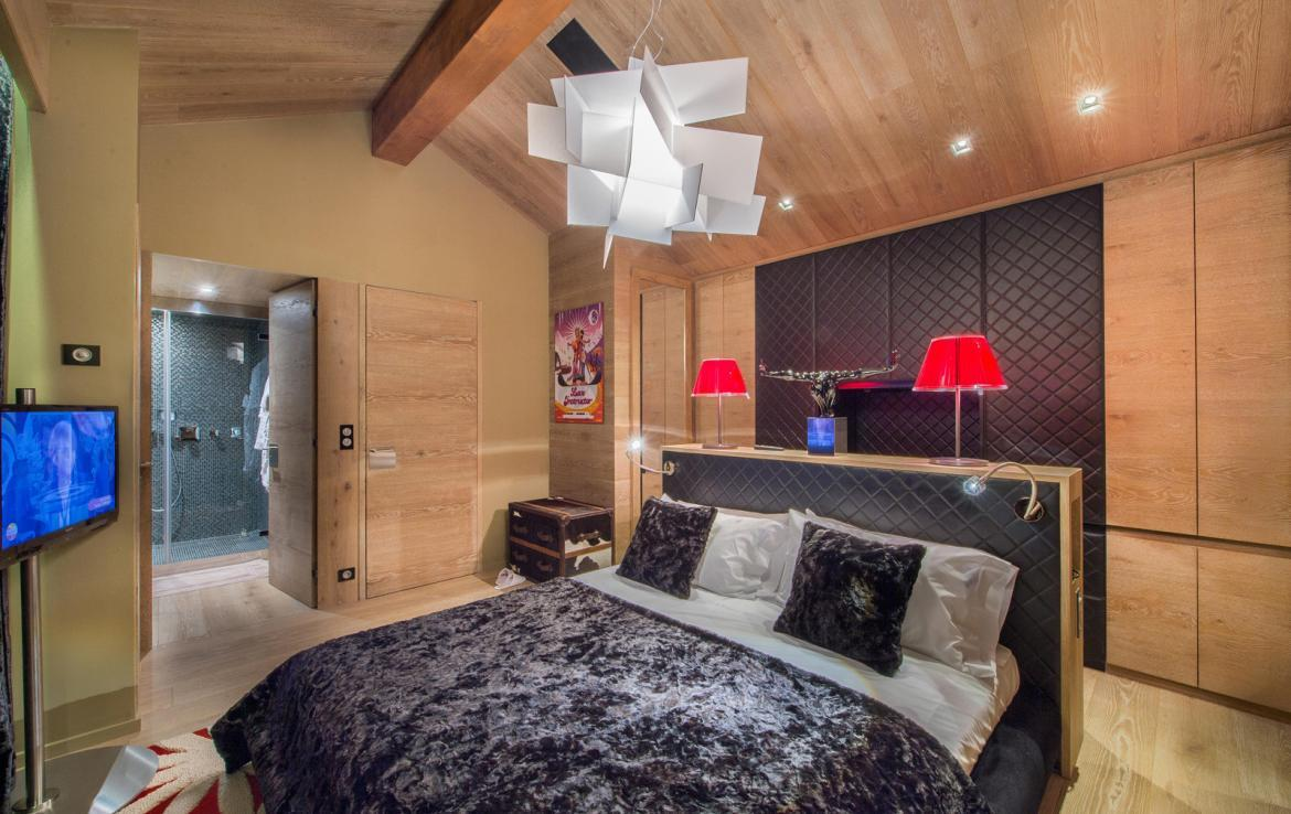 Kings-avenue-gourchevel-moriond-jacuzzi-hammam-childfriendly-parking-gym-boot-heaters-fireplace-massage-room-cinema-room-lounge-area-area-gourchevel-moriond-008-10