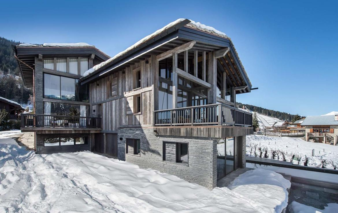 Kings-avenue-gourchevel-praz-ski-room-professional-kitchen-wine-cellar-home-cinema-half-exterior-swimming-pool-library-garage-area-gourchevel-praz-001