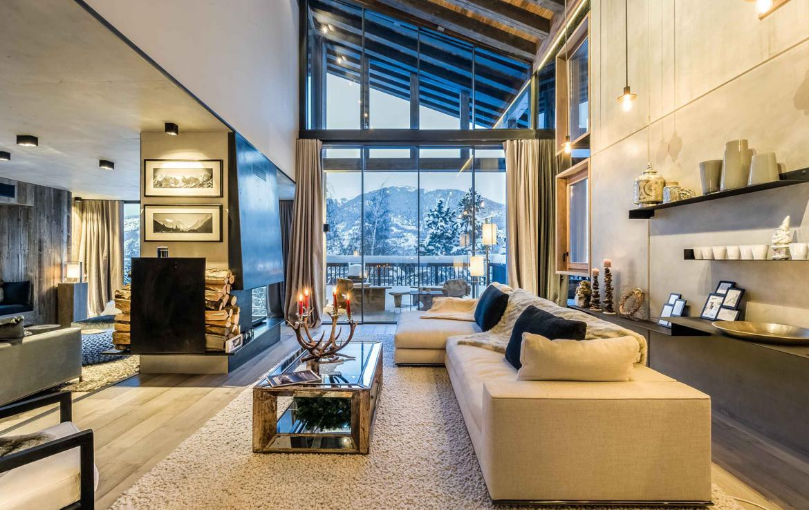 Kings-avenue-gourchevel-praz-ski-room-professional-kitchen-wine-cellar-home-cinema-half-exterior-swimming-pool-library-garage-area-gourchevel-praz-001-3