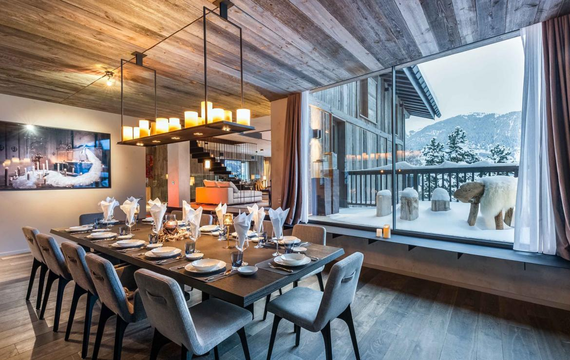 Kings-avenue-gourchevel-praz-ski-room-professional-kitchen-wine-cellar-home-cinema-half-exterior-swimming-pool-library-garage-area-gourchevel-praz-001-6