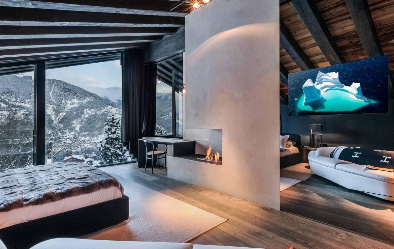 Kings-avenue-gourchevel-praz-ski-room-professional-kitchen-wine-cellar-home-cinema-half-exterior-swimming-pool-library-garage-area-gourchevel-praz-001-9