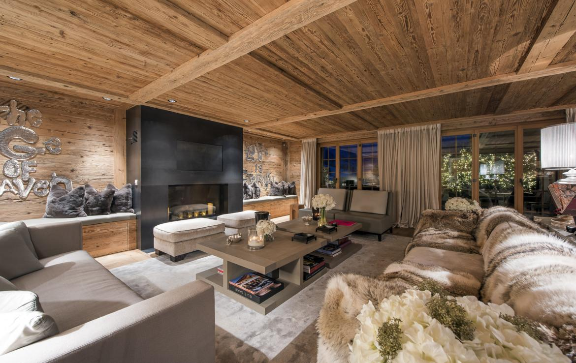 Kings-avenue-gstaad-hammam-swimming-pool-covered-parking-boot-heaters-fireplace-sound-system-area-gstaad-003-3