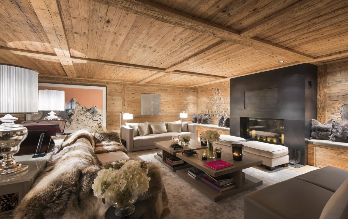 Kings-avenue-gstaad-hammam-swimming-pool-covered-parking-boot-heaters-fireplace-sound-system-area-gstaad-003-4