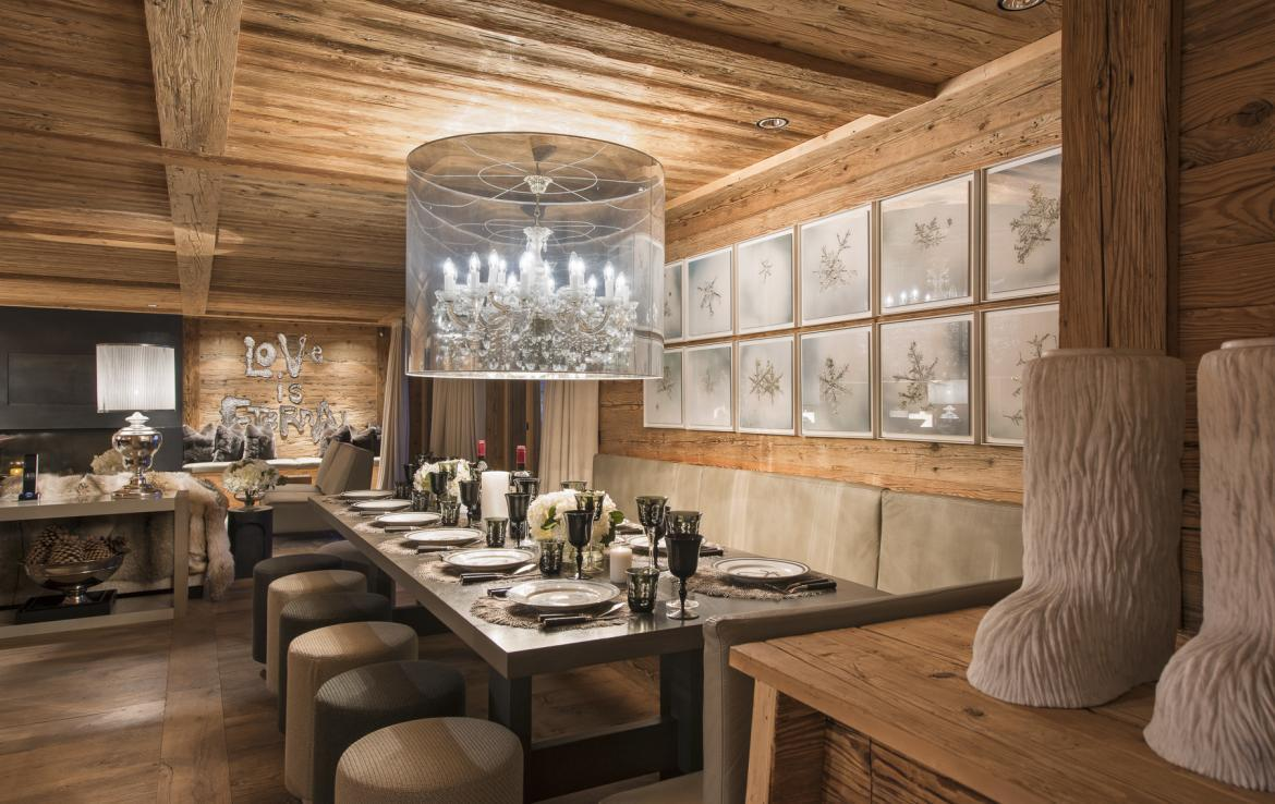 Kings-avenue-gstaad-hammam-swimming-pool-covered-parking-boot-heaters-fireplace-sound-system-area-gstaad-003-6