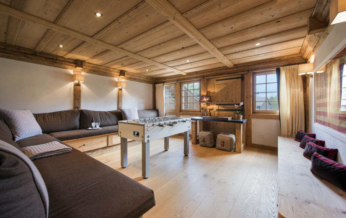 Kings-avenue-gstaad-sauna-hammam-childfriendly-parking-kids-playroom-games-room-gym-boot-heaters-fireplace-cinema-room-plunge-pool-area-gstaad-004-13