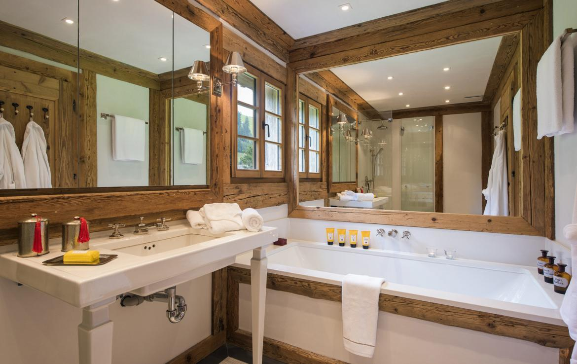 Kings-avenue-gstaad-sauna-hammam-childfriendly-parking-kids-playroom-games-room-gym-fireplace-cinema-plunge-pool-area-gstaad-004-18