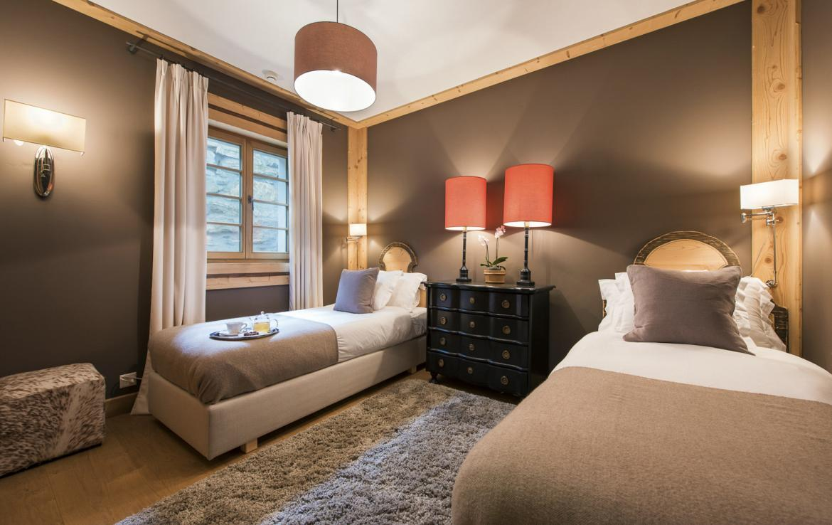 Kings-avenue-gstaad-sauna-hammam-childfriendly-parking-kids-playroom-games-room-gym-fireplace-cinema-plunge-pool-area-gstaad-004-22