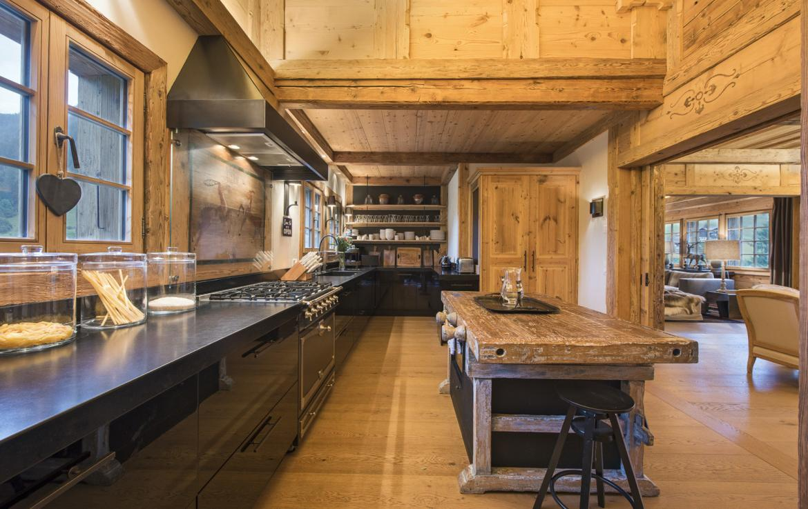 Kings-avenue-gstaad-sauna-hammam-childfriendly-parking-kids-playroom-games-room-gym-fireplace-cinema-plunge-pool-area-gstaad-004-9