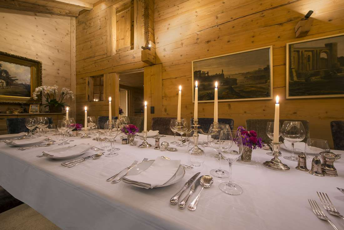 Kings-avenue-gstaad-sauna-jacuzzi-childfriendly-parking-cinema-gym-fireplace-gardens-area-gstaad-002-13