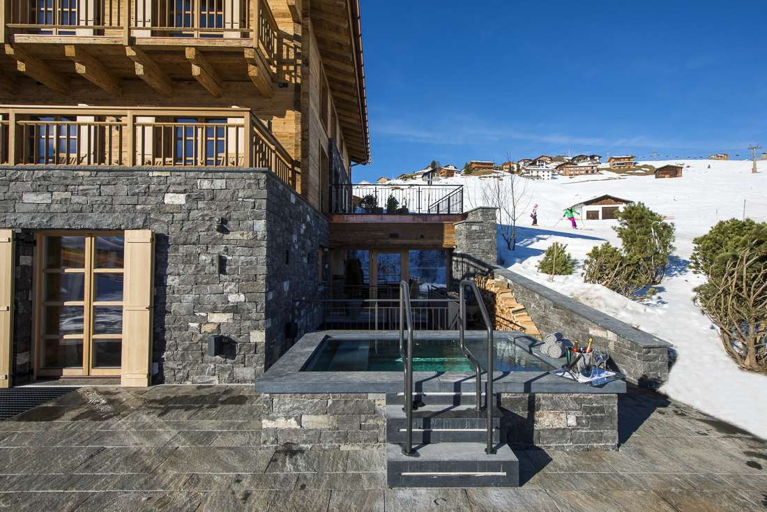 jacuzzi chalet in lech te huur