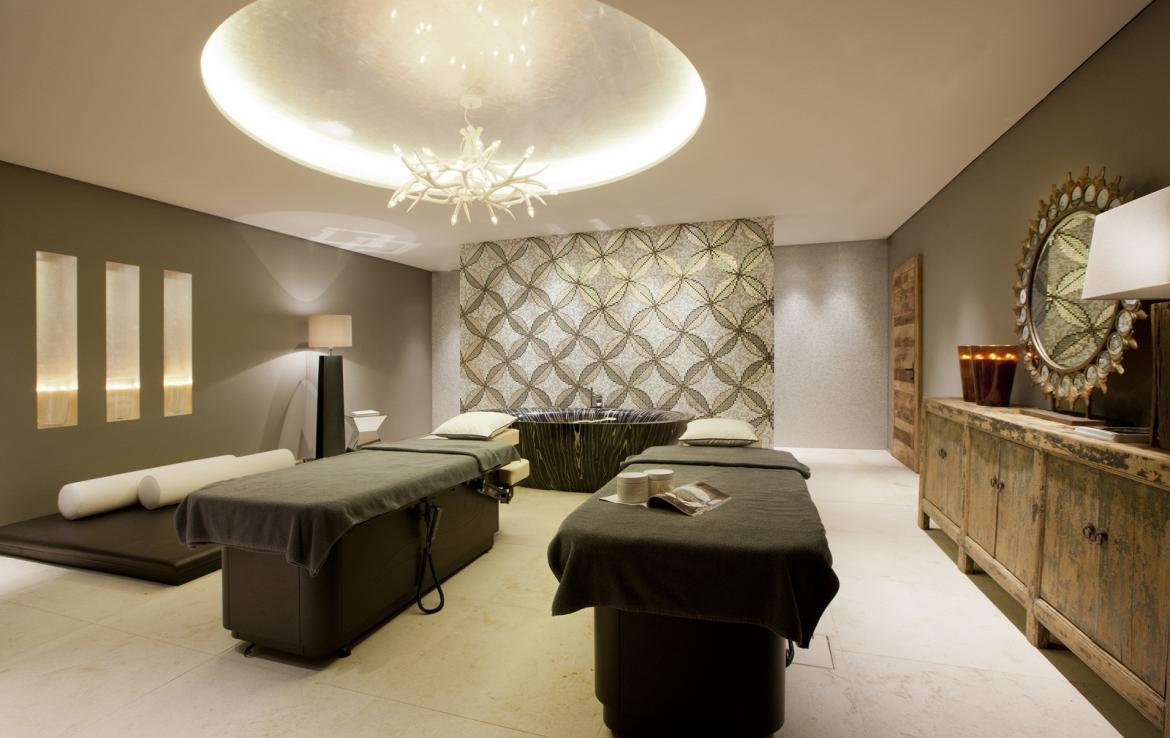Kings-avenue-lech-sauna-jacuzzi-hammam-swimming-pool-childfriendly-parking-cinema-kids-playroom-games-room-gym-boot-heaters-ski-in-ski-out-area-lech-001-8