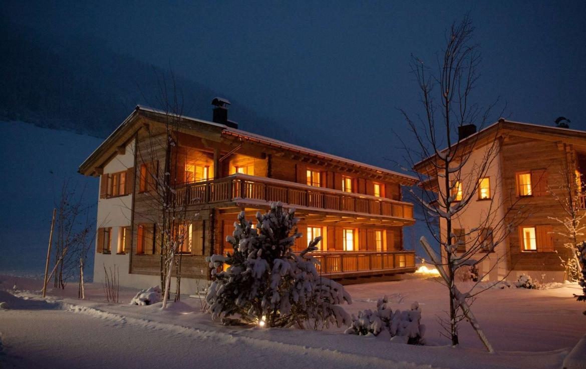 Kings-avenue-lech-snow-sauna-covered-parking-boot-heaters-ski-in-ski-out-massage-room-area-lech-008-3