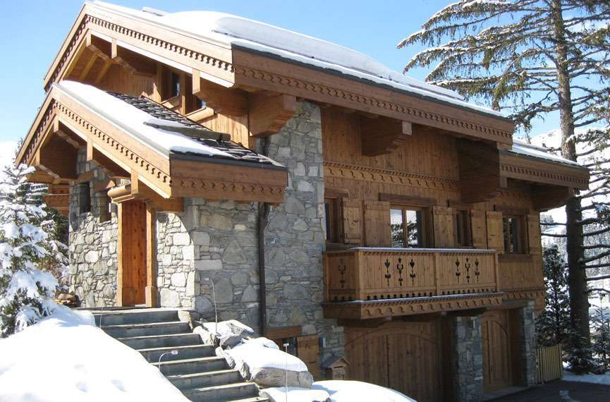 Kings-avenue-méribel-snow-jacuzzi-hammam-childfriendly-parking-fireplace-skin-in-ski-out-terrace-cinema-gym-massage-room-beauty-therapie-room-area-méribel-010-2
