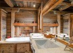 Kings-avenue-méribel-snow-sauna-indoor-jacuzzi-hammam-parking-boot-heaters-fireplace-area-méribel-008-7