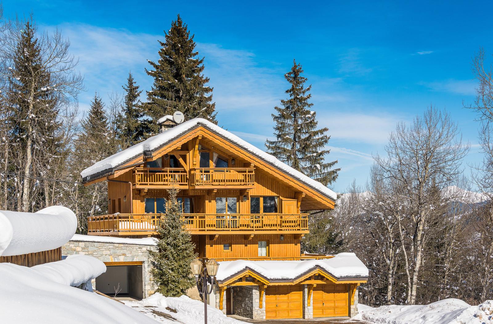 Kings-avenue-méribel-snow-sauna-indoor-jacuzzi-hammam-parking-cinema-boot-heaters-fireplace-large-terrace-area-méribel-018