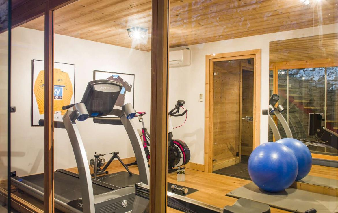 Kings-avenue-portes-du-soleil-wifi-sauna-swimming-pool-childfriendly-parking-fireplace-gym-cinema-wine-cellar-garden-area-portes-du-soleil-001-18