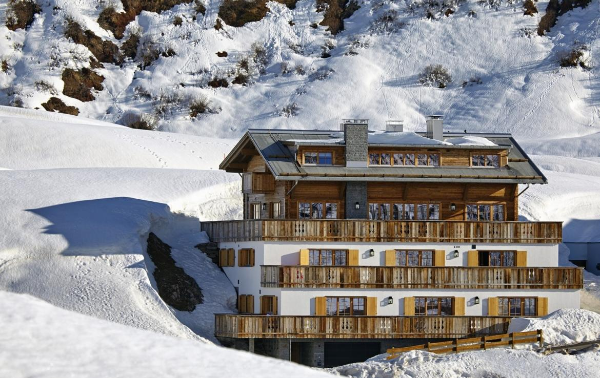 Kings-avenue-st-anton-snow-sauna-hammam-childfriendly-cinema-fireplace-ski-in-shared-pool-spa-south-facing-balconies-area-st-anton-007-2