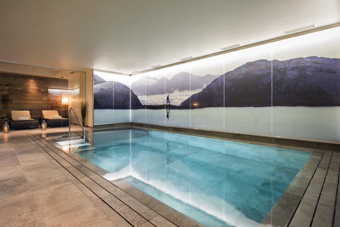 Kings-avenue-st-anton-snow-sauna-hammam-swimming-pool-childfriendly-boot-heaters-fireplace-fitness-centre-bar-balcony-terrace-area-st-anton-002-4