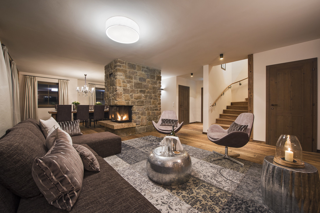 Kings-avenue-st-anton-snow-sauna-hammam-swimming-pool-childfriendly-boot-heaters-fireplace-fitness-centre-bar-balcony-terrace-area-st-anton-002-8