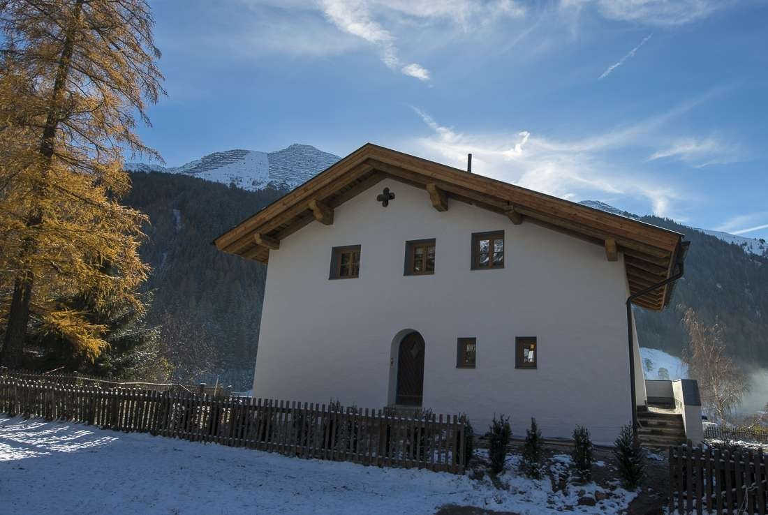 Kings-avenue-st-anton-snow-tv-wifi-tv-hifi-childfriendly-parking-boot-heaters-fireplace-cinema-area-st-anton-003-4