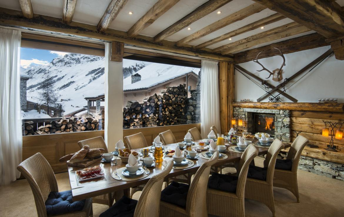 Kings-avenue-val-disere-snow-chalet-childfriendly-boot-heaters-fireplace-ski-in-ski-out-2-outdoor-hottubs-val-disere-021-5