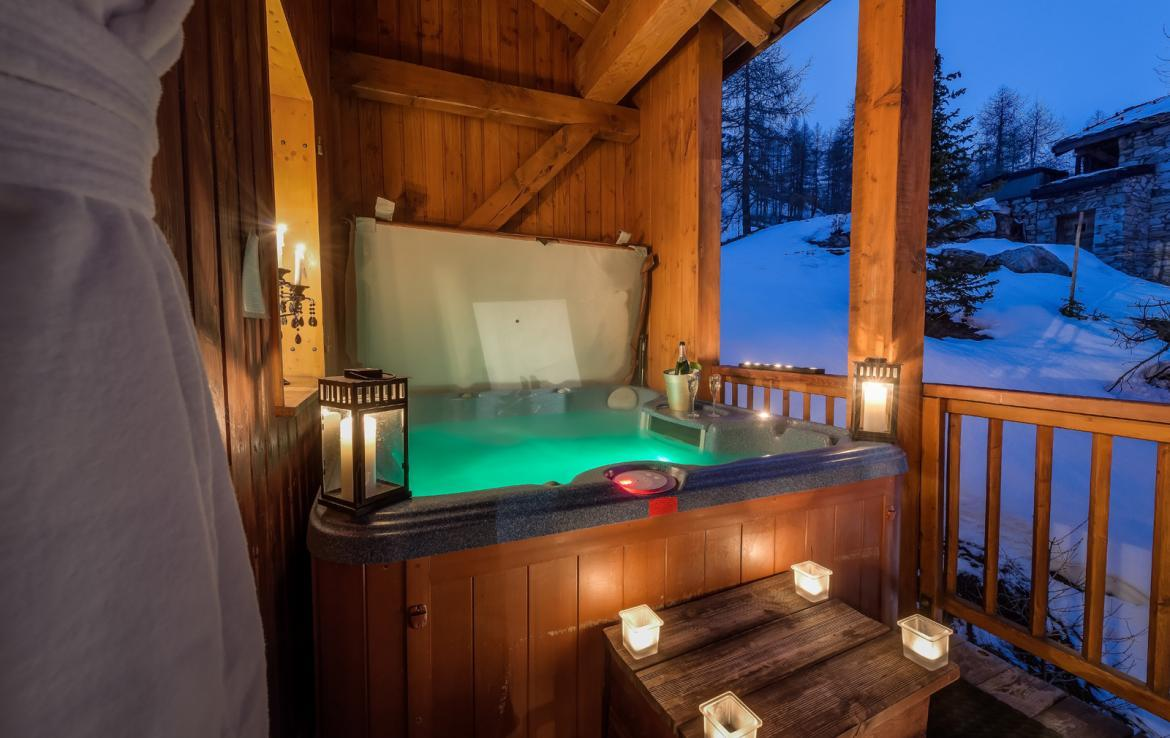Kings-avenue-val-disere-snow-chalet-childfriendly-massage-room-ski-in-ski-out-fireplace-val-disere-020-6