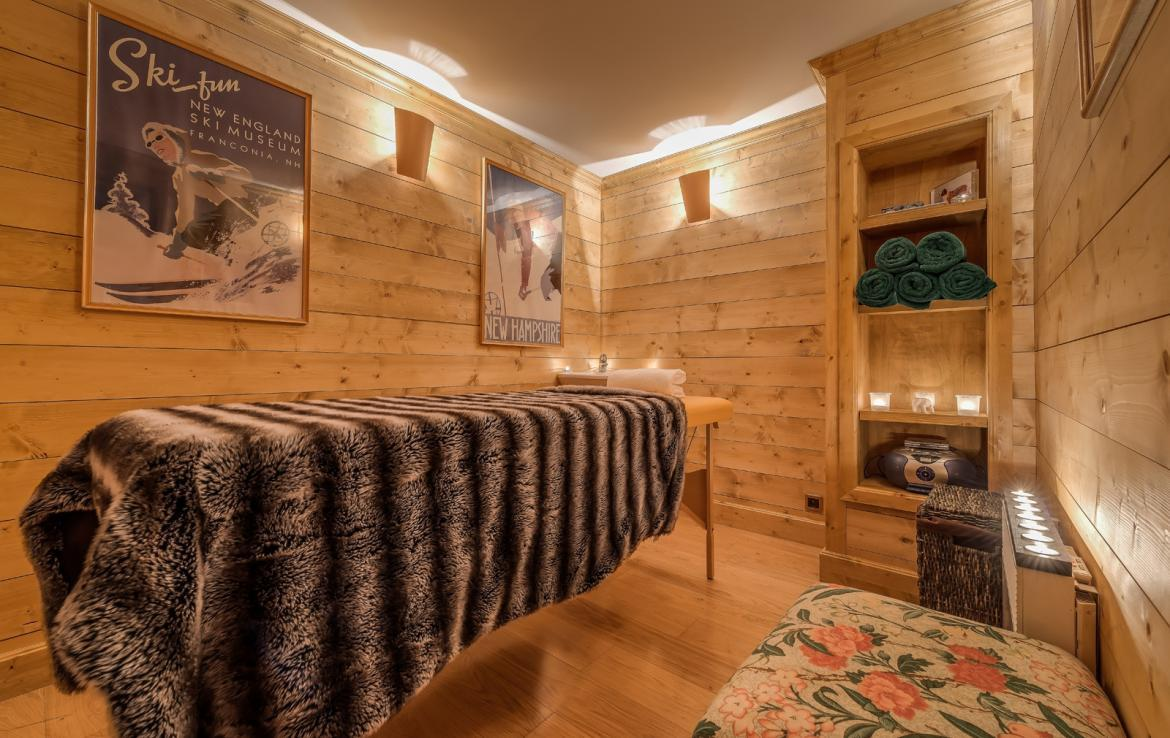 Kings-avenue-val-disere-snow-chalet-childfriendly-massage-room-ski-in-ski-out-fireplace-val-disere-020-7