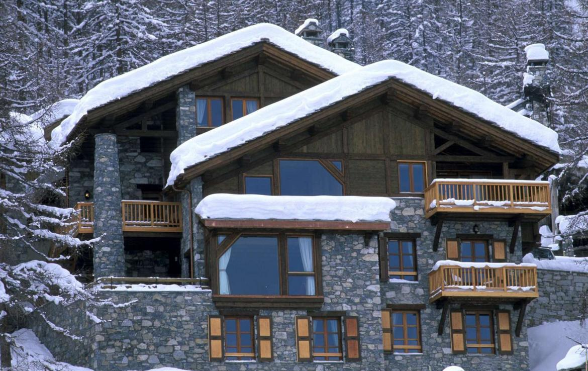 Kings-avenue-val-disere-snow-chalet-hammam-boot-heaters-ski-in-ski-out-terrace-parking-wine-cellar-val-disere-022-1