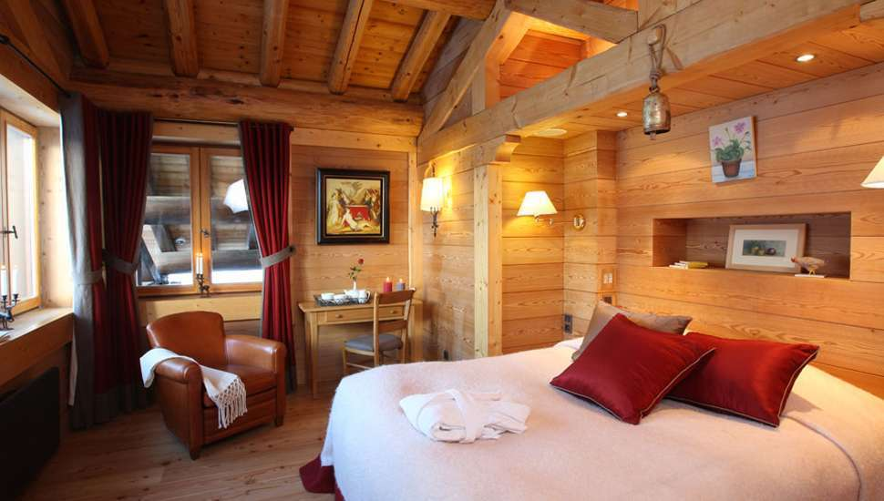 Kings-avenue-val-disere-snow-chalet-hammam-boot-heaters-ski-in-ski-out-terrace-parking-wine-cellar-val-disere-022-10