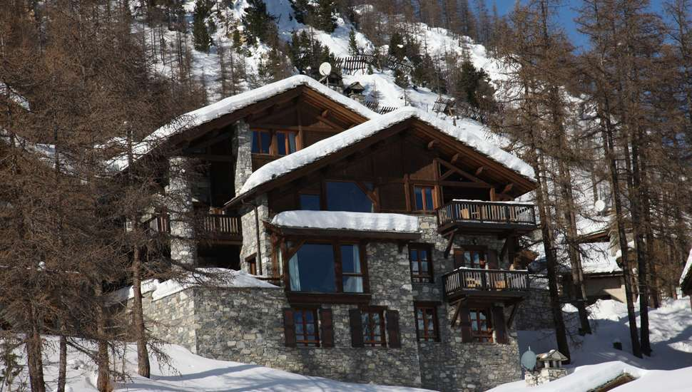 Kings-avenue-val-disere-snow-chalet-hammam-boot-heaters-ski-in-ski-out-terrace-parking-wine-cellar-val-disere-022-4