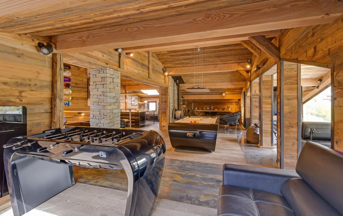 Kings-avenue-val-disere-snow-chalet-sauna-childfriendly-study-fireplace-games-room-parking-val-disere-025-13
