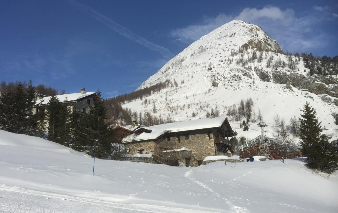 Kings-avenue-val-disere-snow-chalet-sauna-hammam-parking-ski-in-ski-out-fireplace-wellness-area-val-disere-019-17