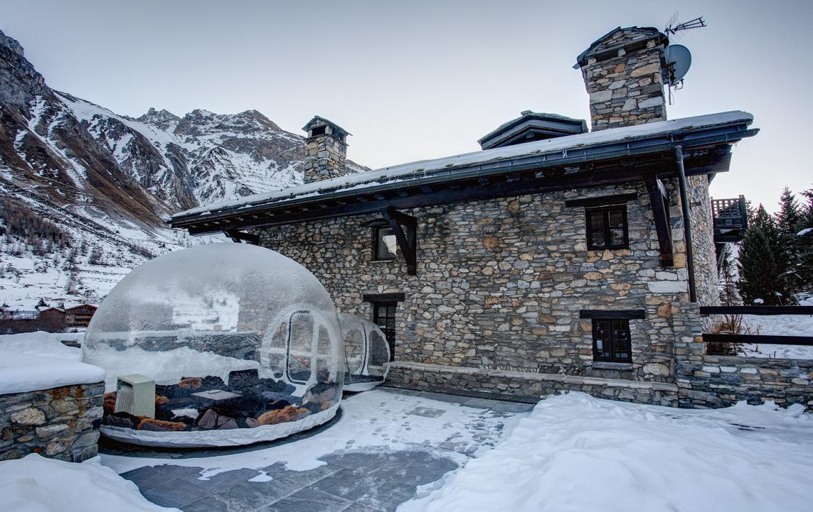 Kings-avenue-val-disere-snow-chalet-sauna-hammam-parking-ski-in-ski-out-fireplace-wellness-area-val-disere-019-18