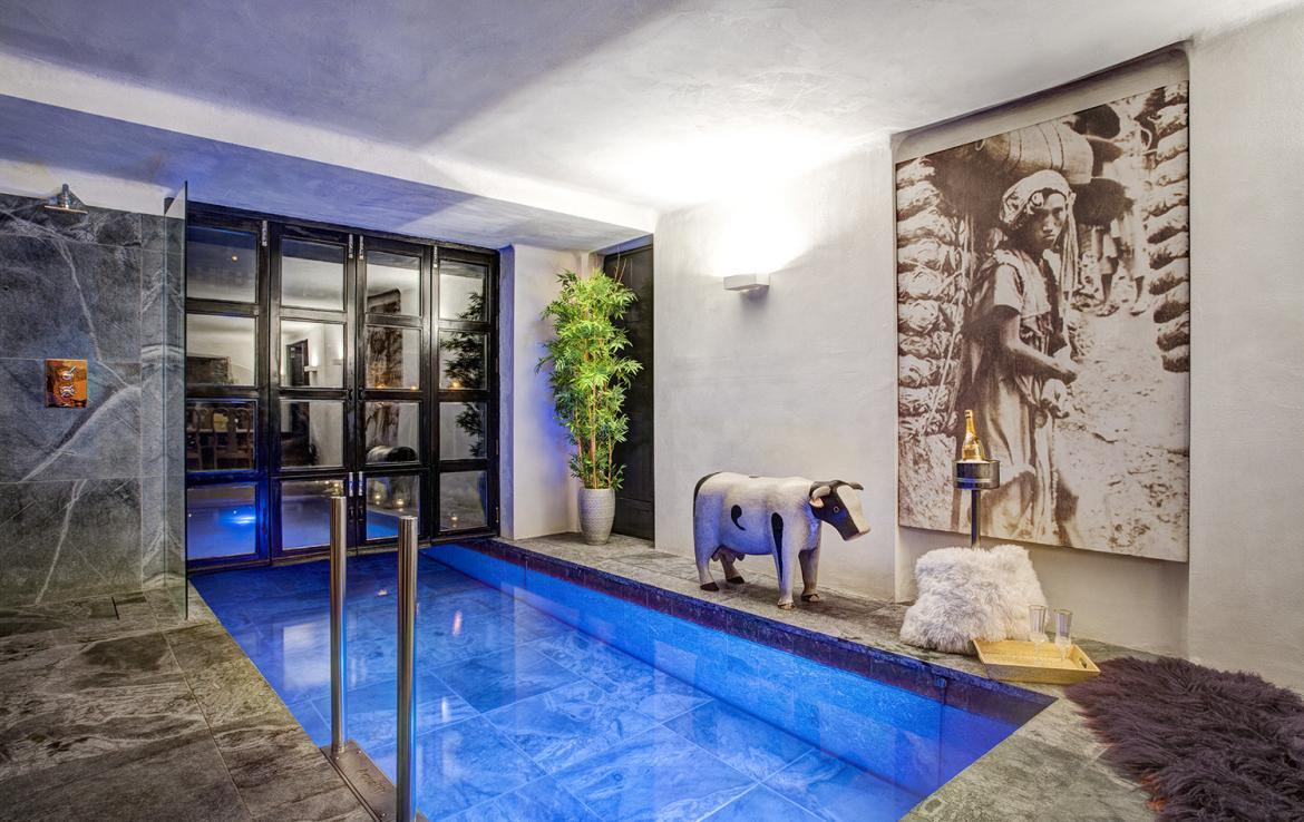 Kings-avenue-val-disere-snow-chalet-sauna-hammam-parking-ski-in-ski-out-fireplace-wellness-area-val-disere-019-3