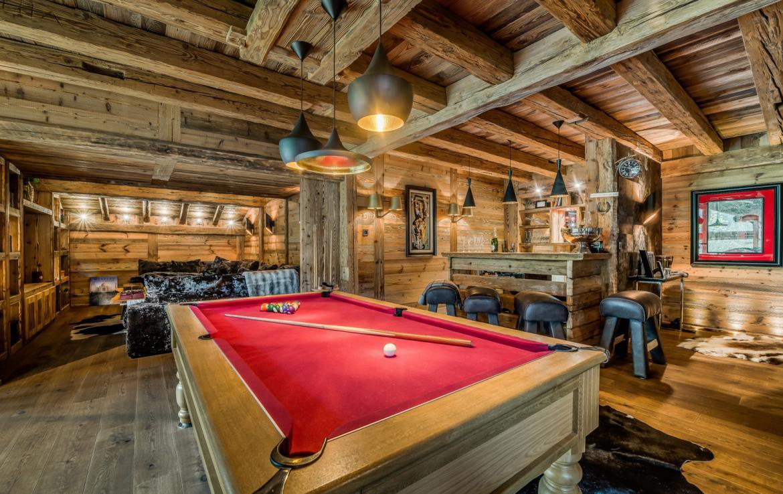 Kings-avenue-various-alpine-resorts-snow-chalet-dvd-parking-cinema-gym-bar-area-pool-table-morzine-001-4