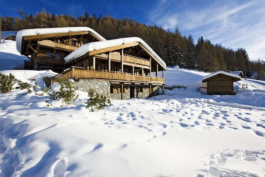 Kings-avenue-various-alpine-resorts-snow-chalet-sauna-outdoor-jacuzzi-childfriendly-hammam-les-4-vallees-001-2