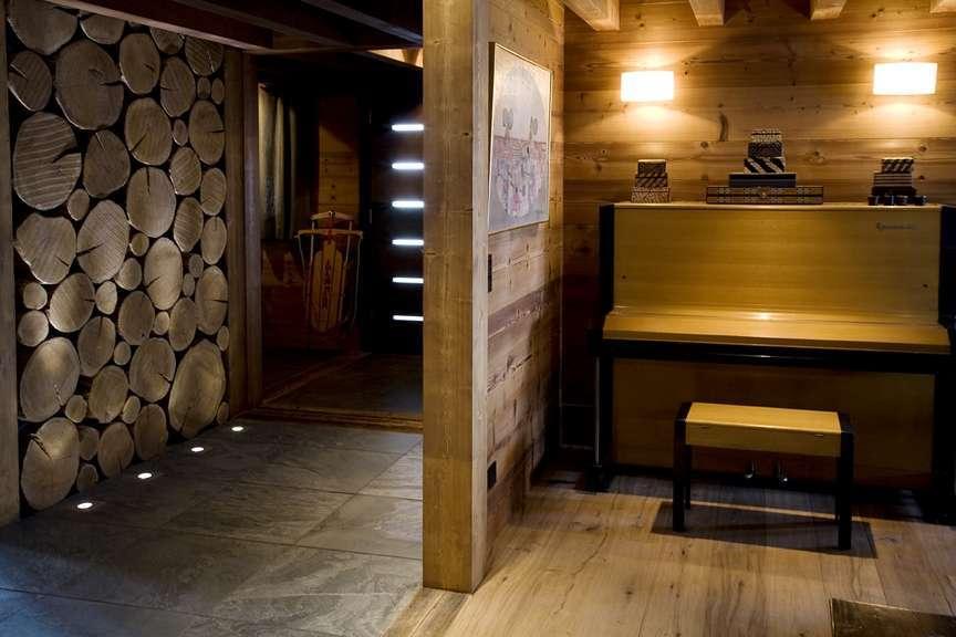 Kings-avenue-various-alpine-resorts-snow-chalet-sauna-outdoor-jacuzzi-childfriendly-hammam-les-4-vallees-001-5