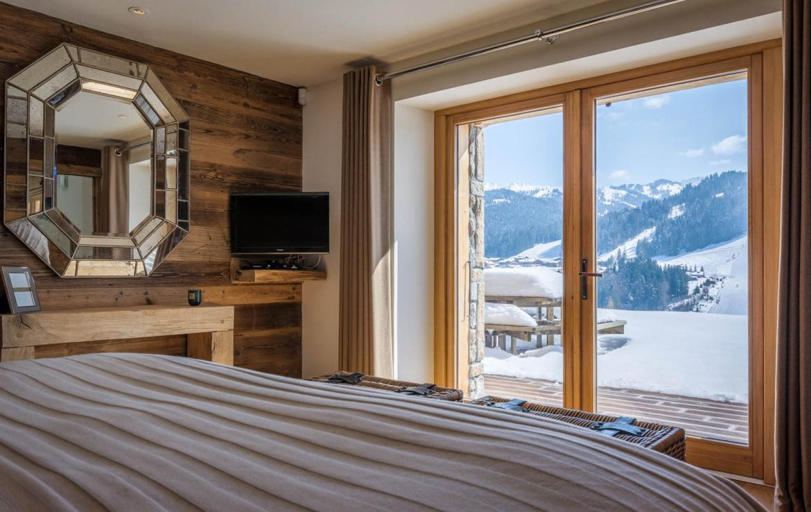 Kings-avenue-various-alpine-resorts-snow-chalet-sauna-outdoor-jacuzzi-fireplace-childfriendly-parking-les-gets-002-15