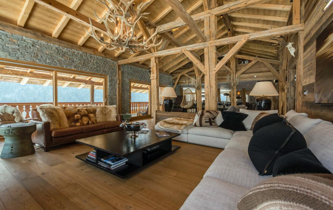 Kings-avenue-various-alpine-resorts-snow-chalet-sauna-outdoor-jacuzzi-fireplace-childfriendly-parking-les-gets-002-2