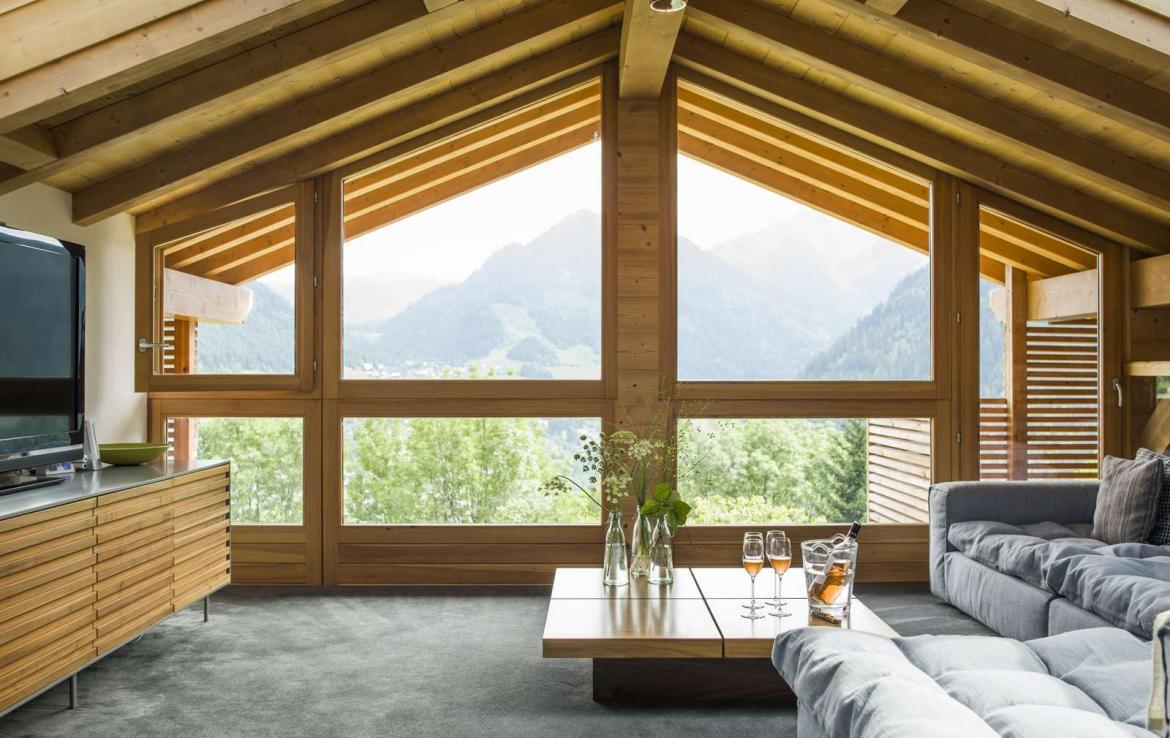 Kings-avenue-various-alpine-resorts-snow-chalet-wifi-childfriendly-parking-fireplace-garden-chatel-001-11