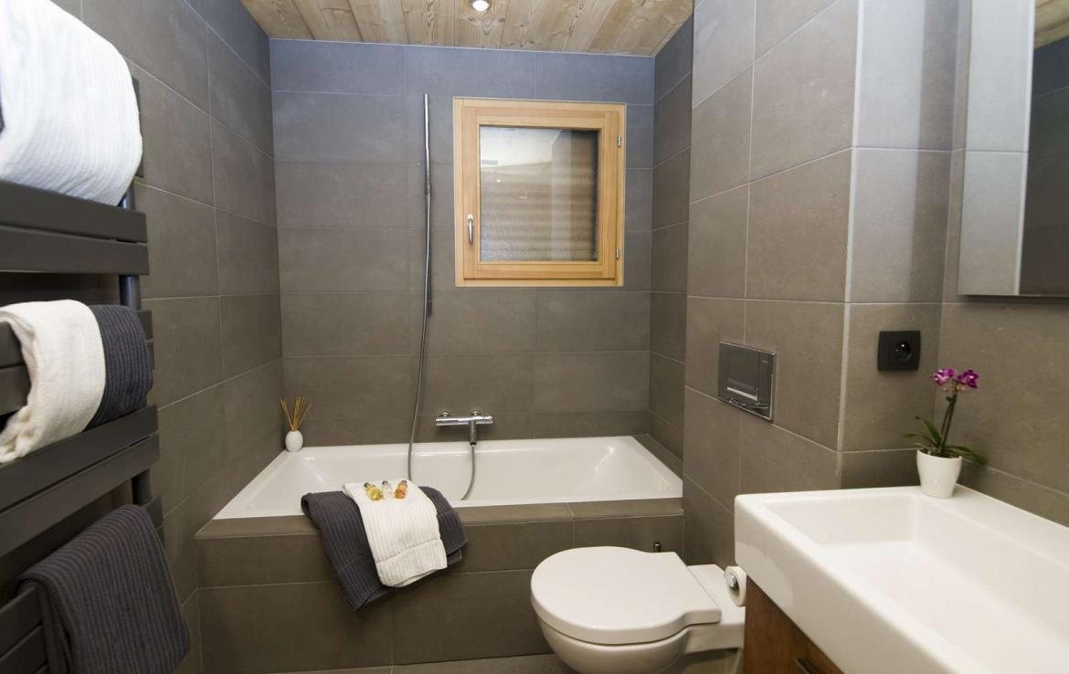 Kings-avenue-various-alpine-resorts-snow-chalet-wifi-childfriendly-parking-fireplace-garden-chatel-001-15