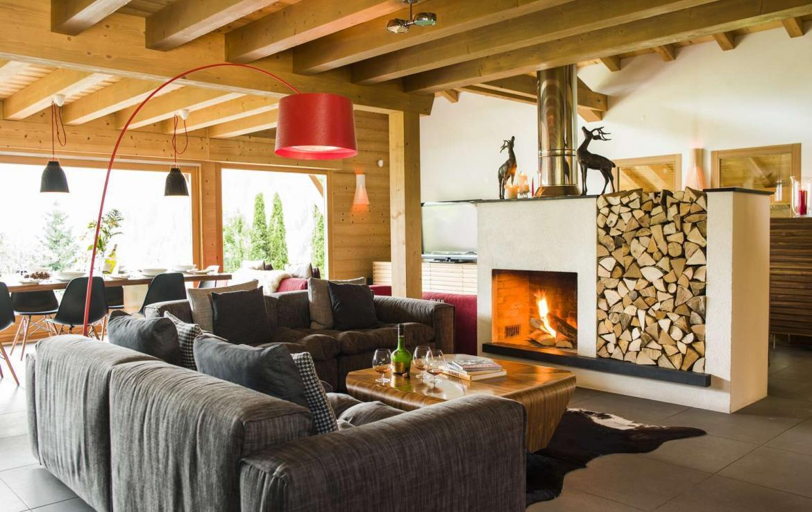 Kings-avenue-various-alpine-resorts-snow-chalet-wifi-childfriendly-parking-fireplace-garden-chatel-001-5
