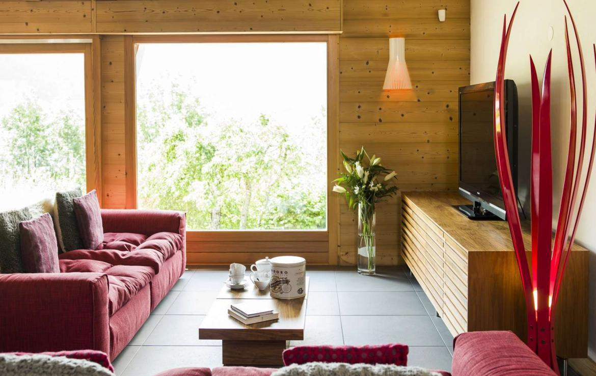 Kings-avenue-various-alpine-resorts-snow-chalet-wifi-childfriendly-parking-fireplace-garden-chatel-001-6