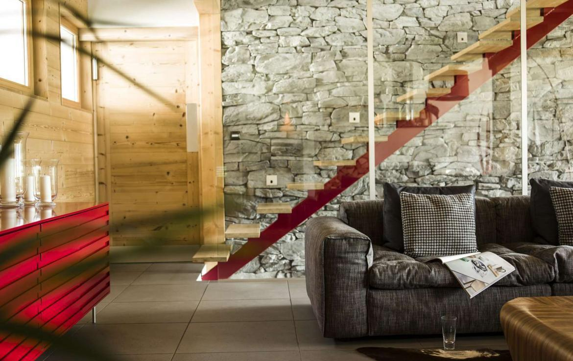 Kings-avenue-various-alpine-resorts-snow-chalet-wifi-childfriendly-parking-fireplace-garden-chatel-001-9