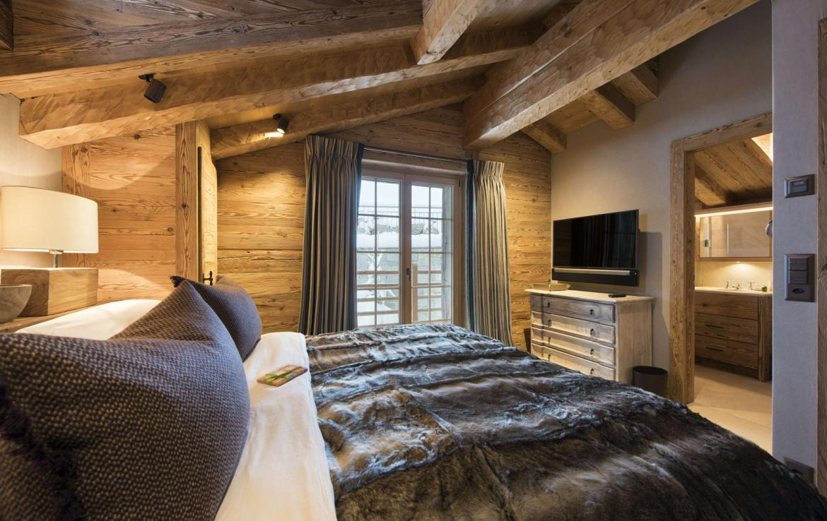 Kings-avenue-verbier-hammam-swimming-pool-childfriendly-parking-cinema-fireplace-terrace-hot-tub-games-room-bar-tv-area-verbier-007-18