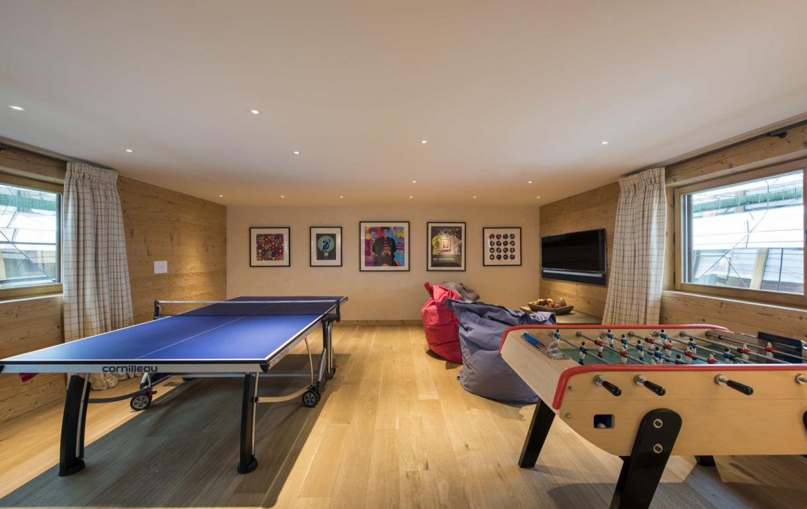 Kings-avenue-verbier-hammam-swimming-pool-childfriendly-parking-cinema-fireplace-terrace-hot-tub-games-room-bar-tv-area-verbier-007-21