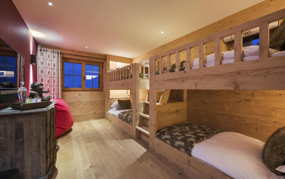 Kings-avenue-verbier-hammam-swimming-pool-childfriendly-parking-cinema-fireplace-terrace-hot-tub-games-room-bar-tv-area-verbier-007-25